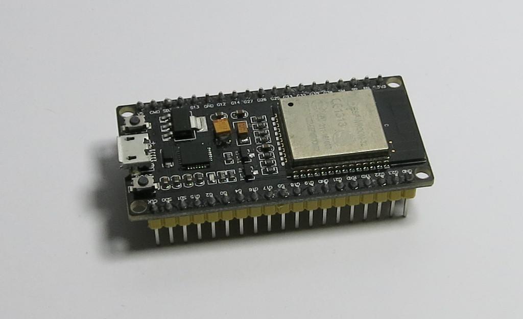 Posti-Bot Smarter Briefkasten mit Espressif ESP32 ESP32