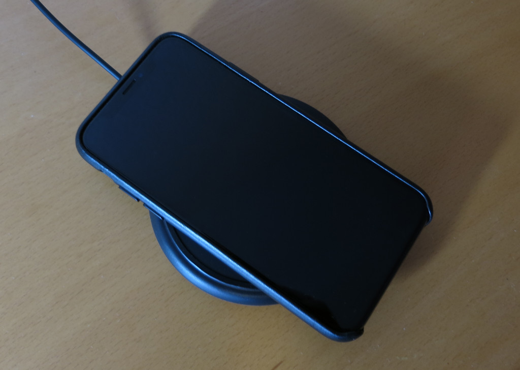 Test mophie wireless charging base Induktive Qi-Ladematte für iPhone 8 8 Plus und X