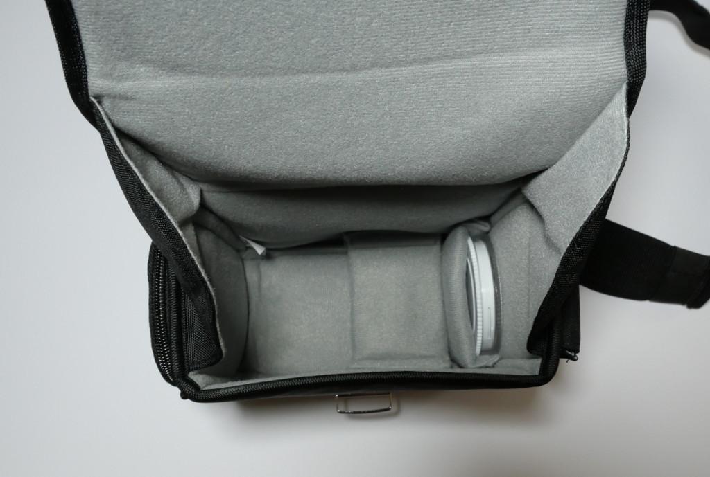 Test Cosyspeed Camslinger Speedomatic Kompakte DSLR- und DSLM-Kameratasche für die Hüfte Innenansicht