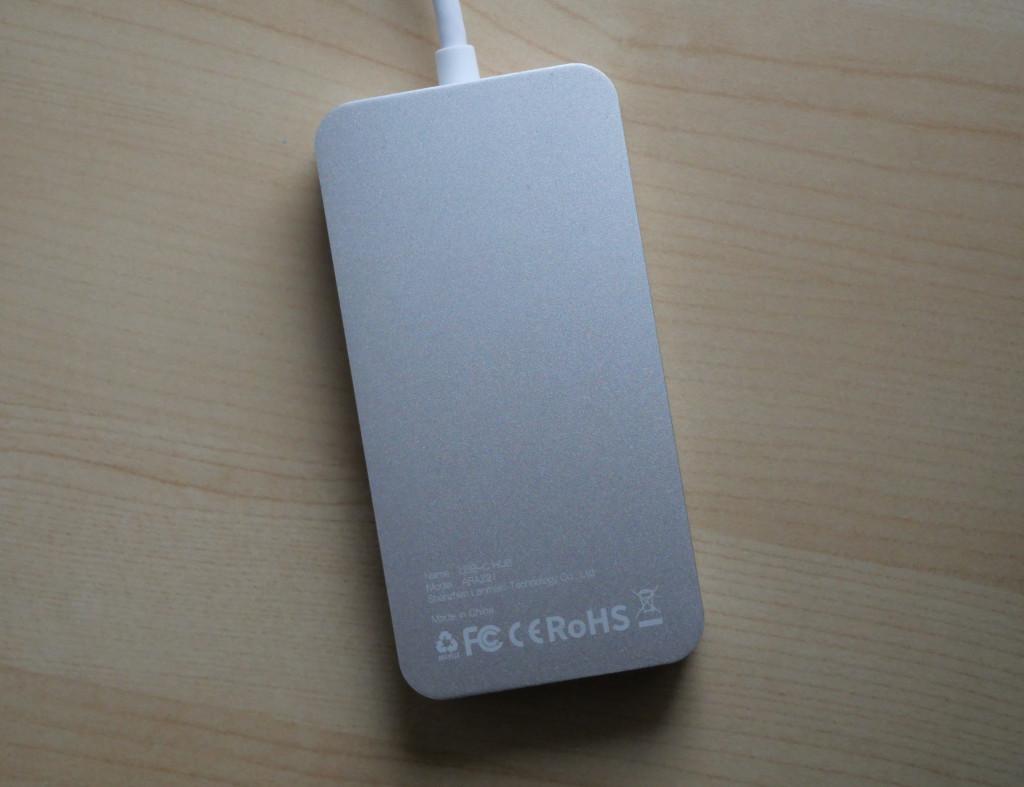 Test Vanmass USB-C-Hub 9 in 1 Preisgünstiges USB-C-Dock für MacBook Pro und MacBook Air Dock von unten
